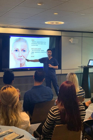 Dr-Zack-Ally-teaching-the-ageing-face-on-our-dermal-fillers-training-course